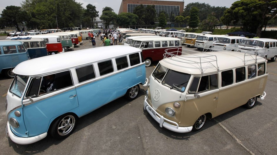 Výroba Volkswagenu Kombi alias T2 20. prosince skončí.