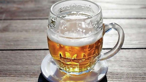 Japonské společnosti Asahi při koupi pivovarů od skupiny AB InBev radila advokátní kancelář Allen & Overy.