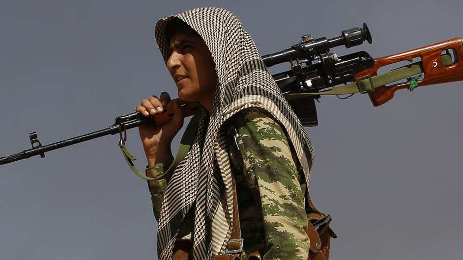 Šíítský bojovník na území Iráku