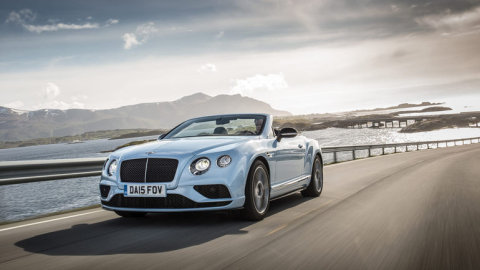 Bentley_Continental_GTC_Bez_strechy_315_km_h