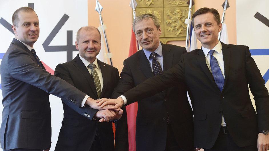 Summitu ministrů obrany zemí V4 se zúčastnili Tomasz Szatkowski, István Simicskó, Martin Stropnický a Miloš Koterec.