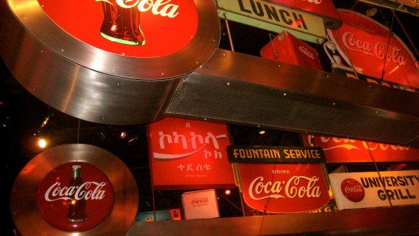 Coca-cola si mus� d�vat p��t� v�t�� pozor - Ilustra�n� foto.