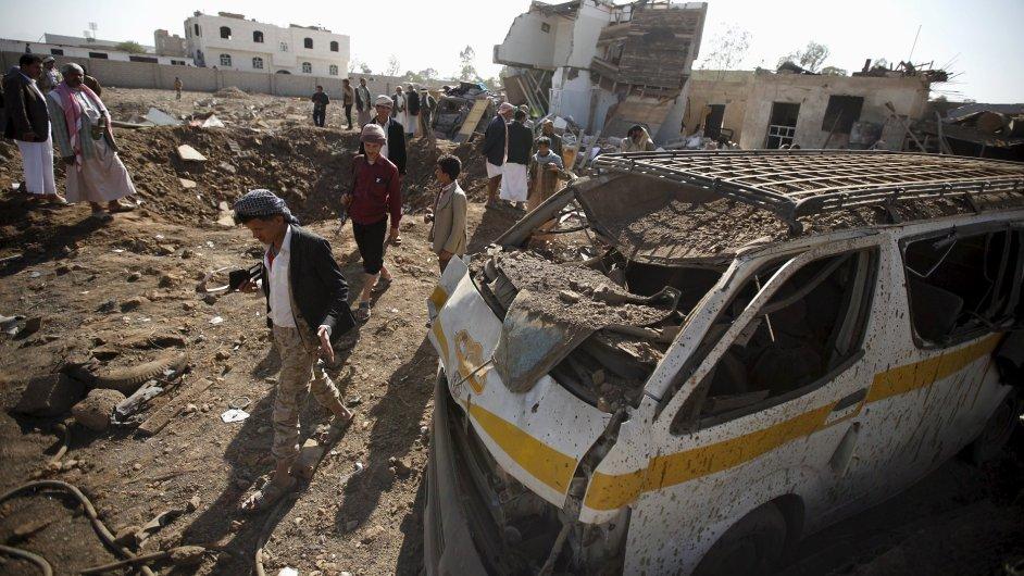Jemenské Saná silně poškodilo středeční bombardování vedené aliancí v čele se Saúdskou Arábií.