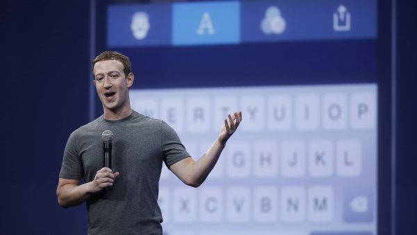 Mark Zuckerberg hovoří o aplikaci Messenger na vývojářské konferenci v San Francisku.