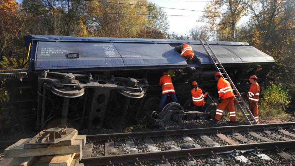 nákladní vlak nehoda nákladního vlaku cargo
