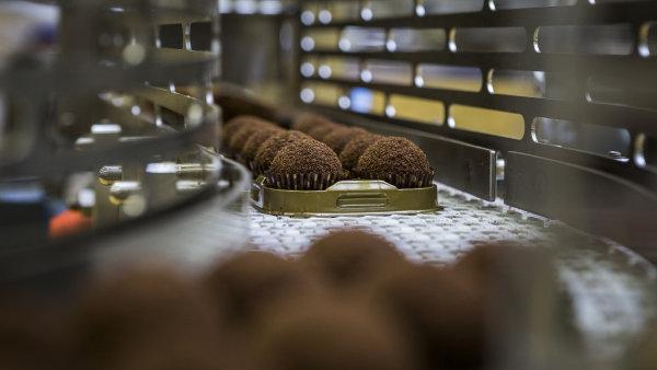 Cukrářská výroba ve firmě Marlenka international.