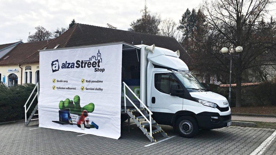 Pojízdná prodejna bude do 4. prosince jezdit po Vysočině, poté vyrazí do Plzeňského kraje.