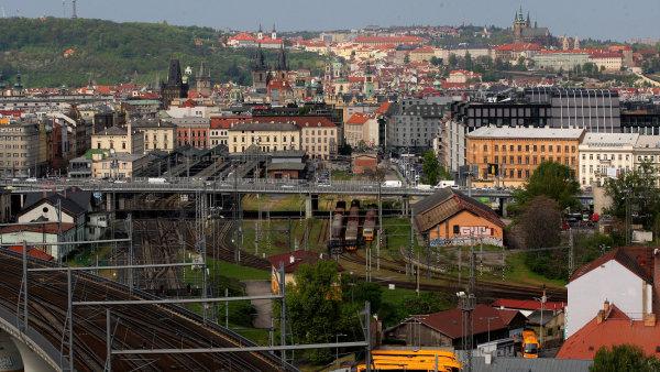 Trať z Masarykova nádraží do Kladna by měla stát 31 miliard - ilustrační foto.