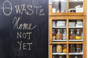 Bez igelitu i deodorantu: Jak se žije lidem, kteří se rozhodli nezatěžovat planetu zbytečným odpadem