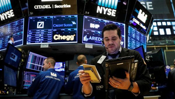 Firmám po celém světě rostou zisky, akcionáři z toho těží - Ilustrační foto.