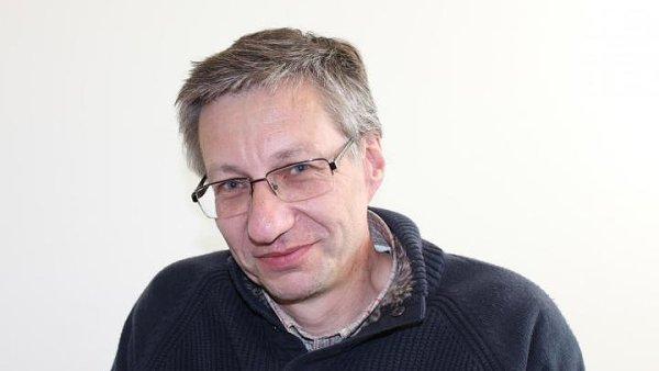 Prof. Tomáš Vampola