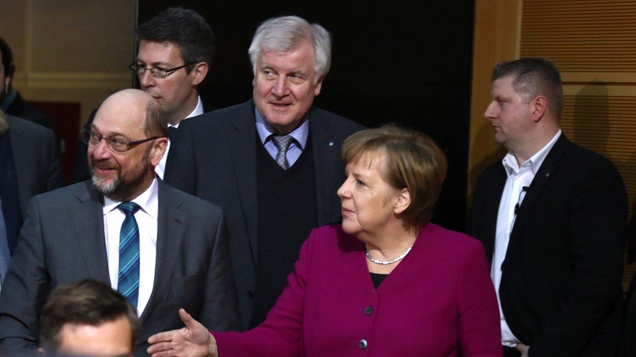 CDU/CSU a SPD se podle médií dohodly na koaliční smlouvě.