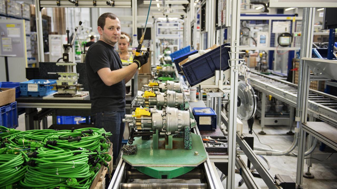 Německá ekonomika je největší v Evropě a je na ní závislá i řada českých podniků.