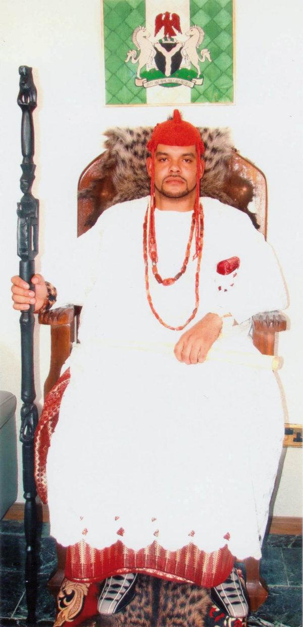 Obonete Ubam coby král válečník kmene Annang