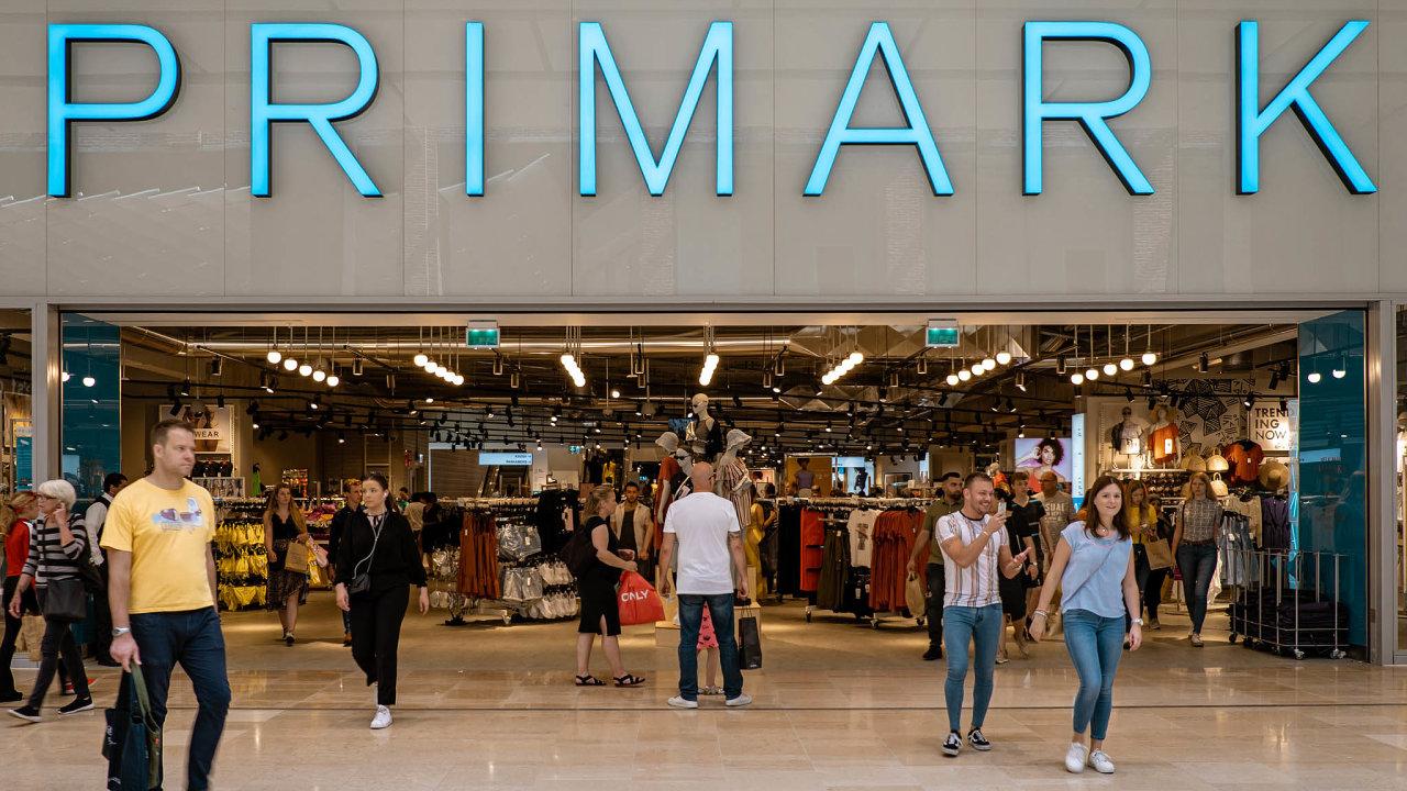 Primark, irská značka levného oblečení, připravuje otevření své prodejny vPraze naVáclavském náměstí.