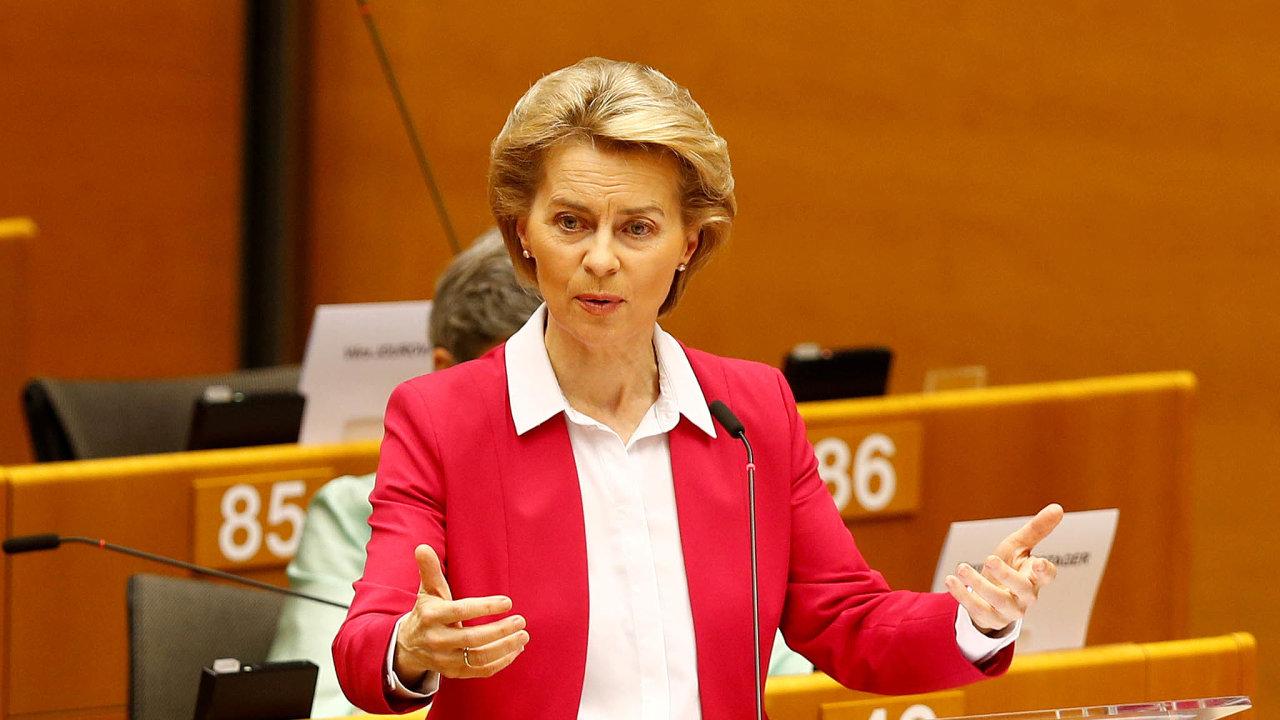 Očištěná šéfka. Předsedkyně Evropské komise Ursula von der Leyenová má čistý štít, rozhodli němečtí vyšetřovatelé.