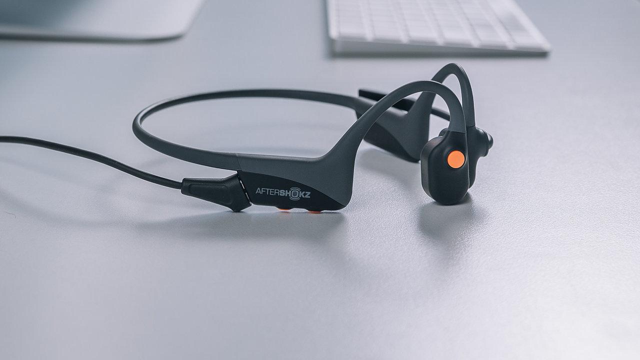 AfterShokz OpenComm se zvukem pracují jinak než ostatní sluchátka.