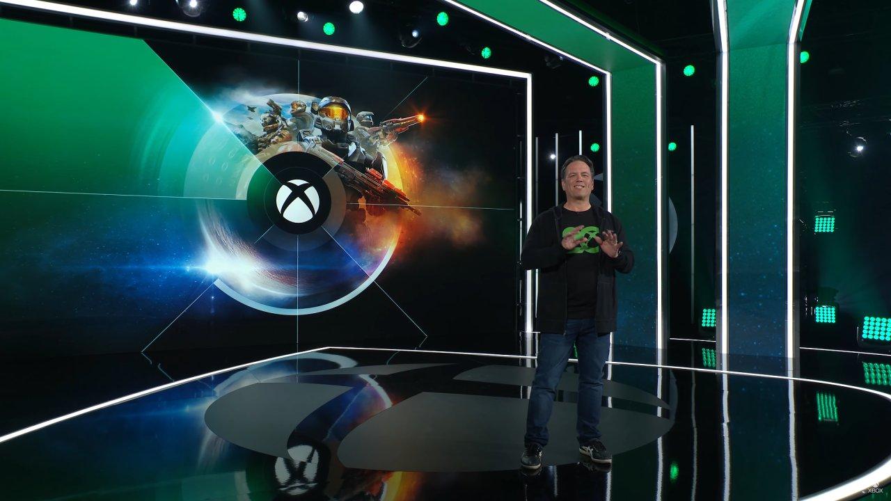 Šéf Xboxu Phil Spencer v průběhu virtuálního veletrhu E3 ukázal třicet nových her pro konzole XBox a službu Game Pass.