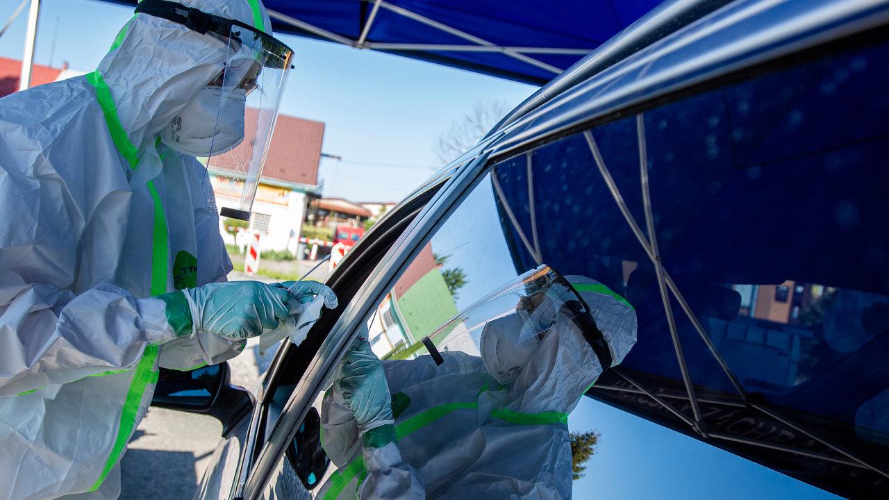 Testování na koronavirus ve firmě Škoda Auto