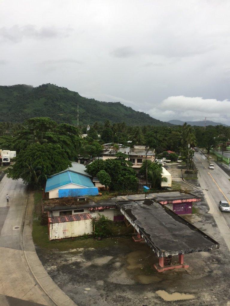 Místo instalace na ostrově Pohnpei