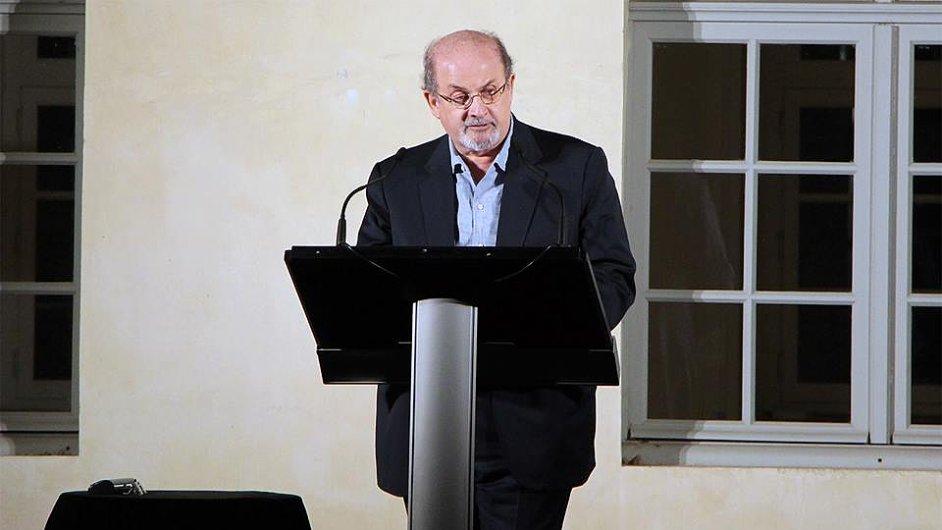 Fotografie ze Světového festivalu spisovatelů v Paříži