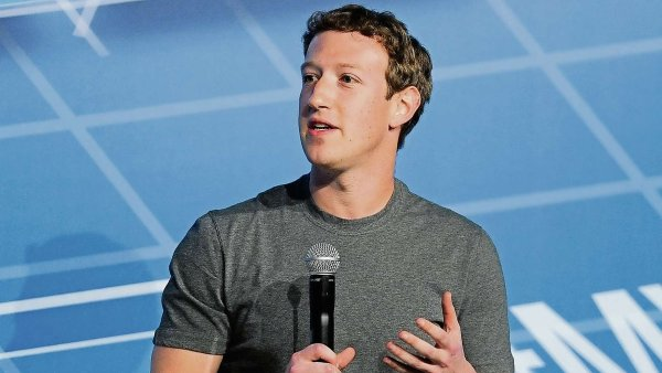 ��f Facebooku Mark Zuckerberg