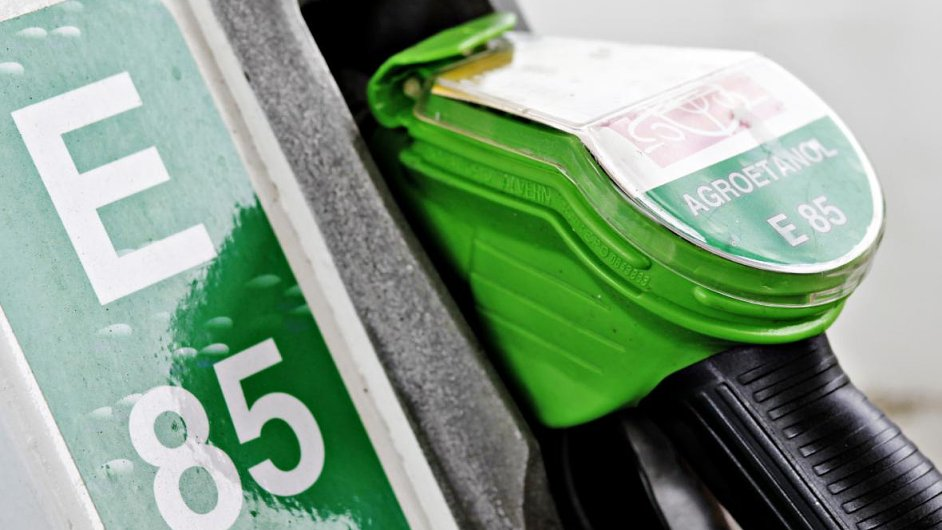 Biopaliva: Agrofert dostane podle exministra financí Miroslava Kalouska 5 miliard korun.