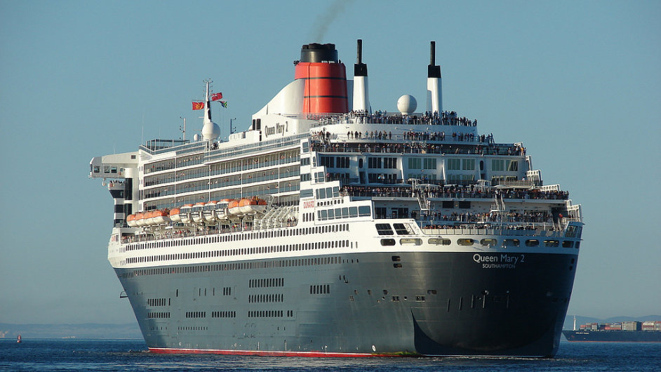Queen Mary 2
