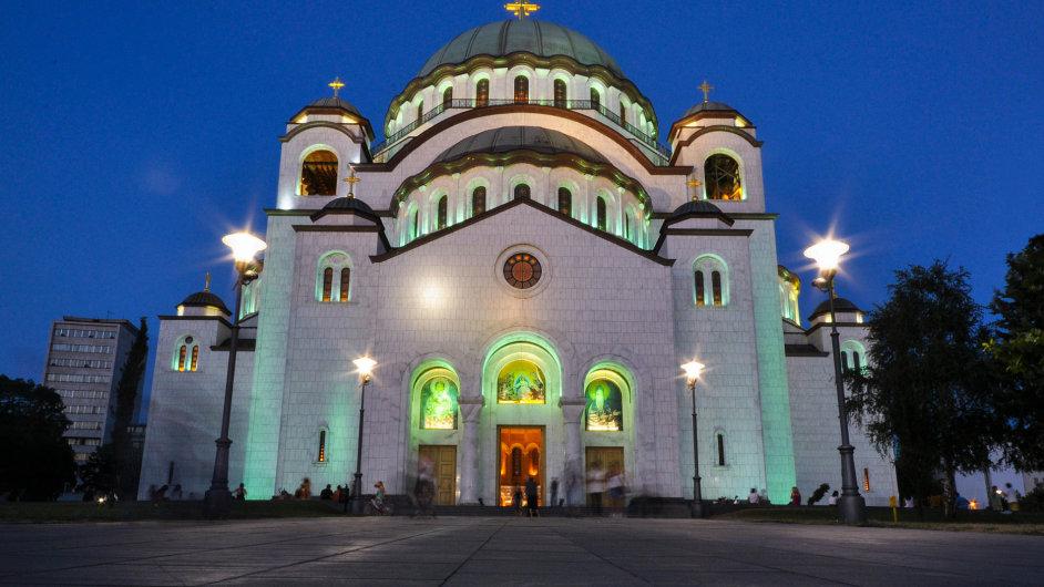Kostel sv. Sávy, nejvyšší pravoslavný kostel na světě.