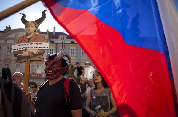Protest proti politice německé kancléřky