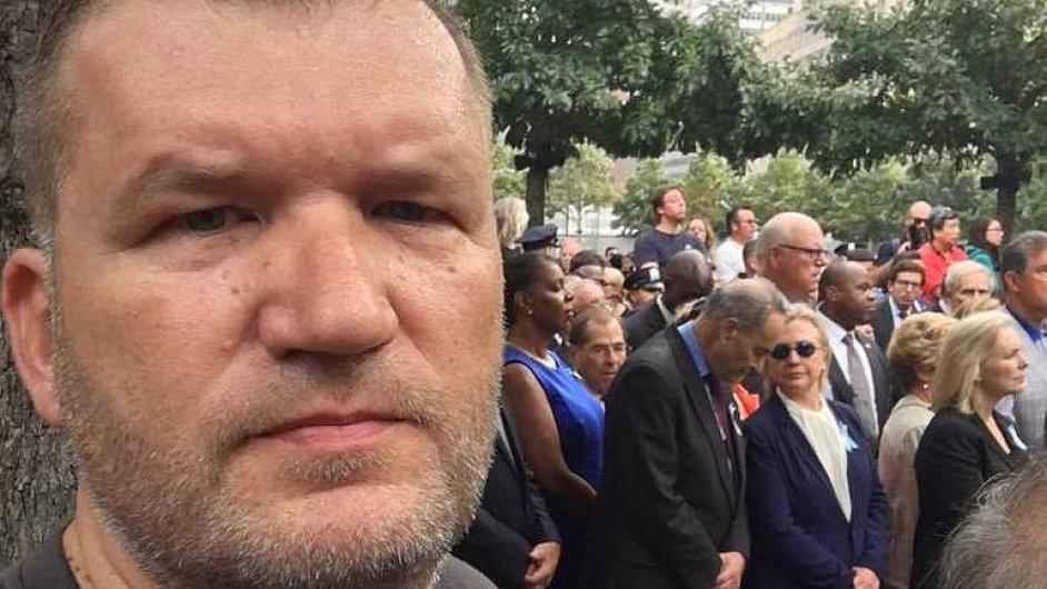 Jsem v šoku, nechtěl jsem nikomu ublížit, říká Čech, který natočil kolaps Hillary Clintonové