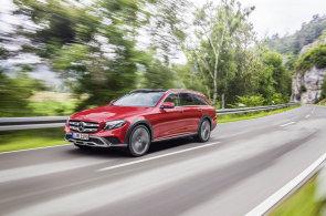 Nové kombi Mercedesu chce do terénu, lepší je ale na silnici