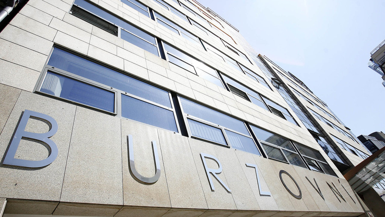 Na pražskou burzu míří novinka, která ji má oživit: první bianko šek firma ve východní Evropě.