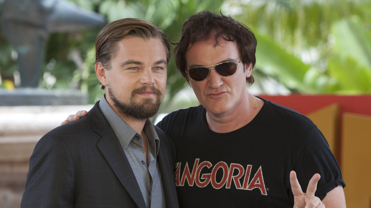 Na snímku z premiéry filmu Nespoutaný Django v roce 2012 jsou herec Leonardo DiCaprio a režisér Quentin Tarantino.