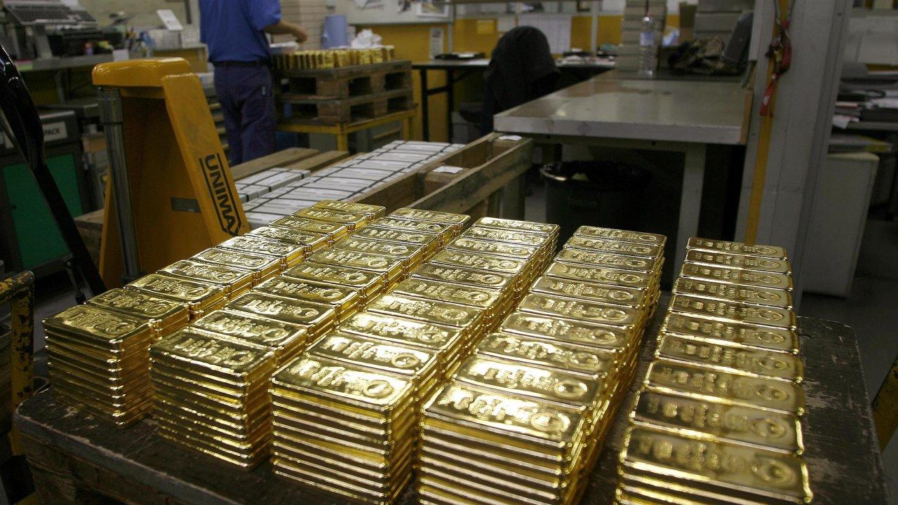 Zlato je atraktivní. Drahý kov je stále více součástí rezerv řady centrálních bank. Důvodem je mimo jiné snaha ukázat ekonomickou sílu země.