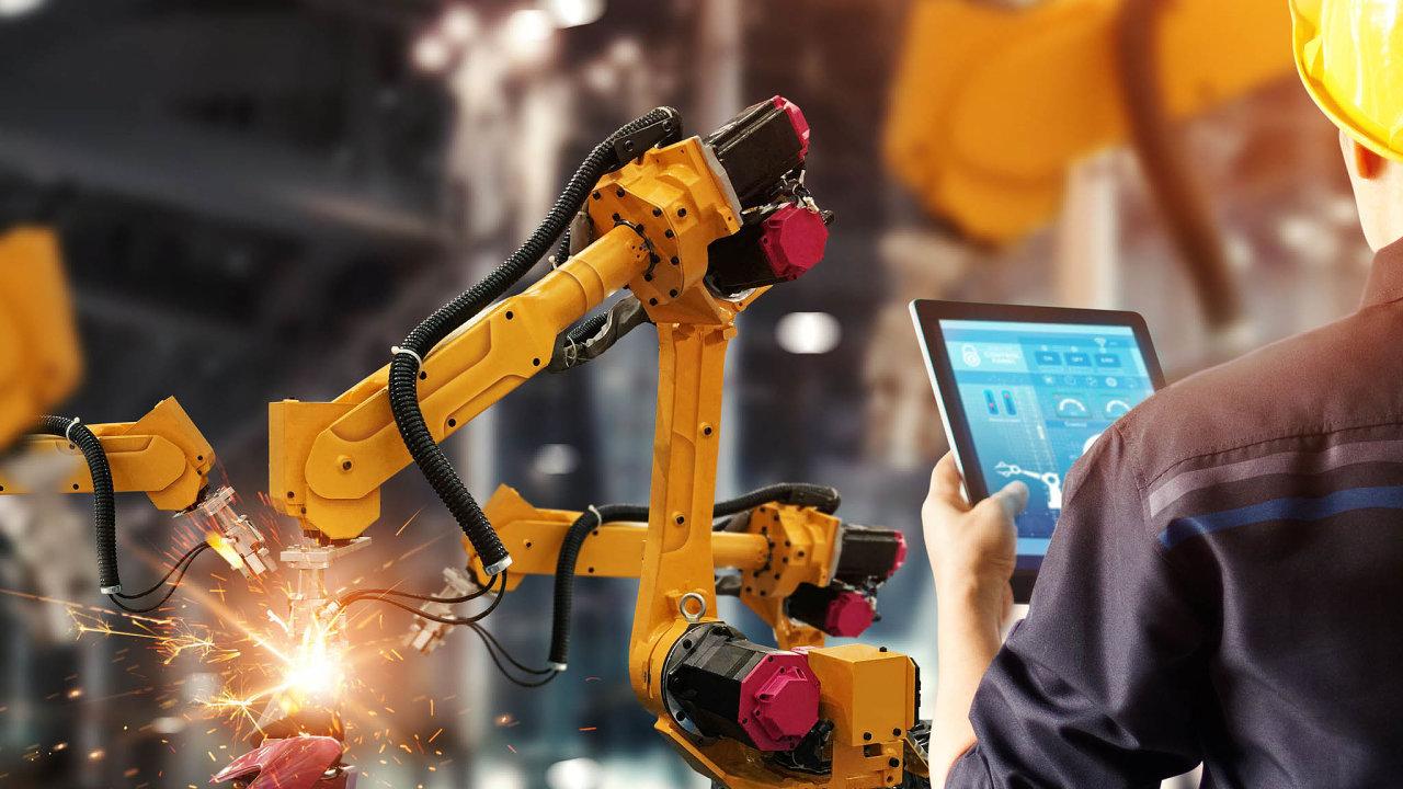 Roboty až později: Český průmysl si důležitost digitalizace aautomatizace uvědomuje. Kvůli koronaviru ale musí odkládat investice.