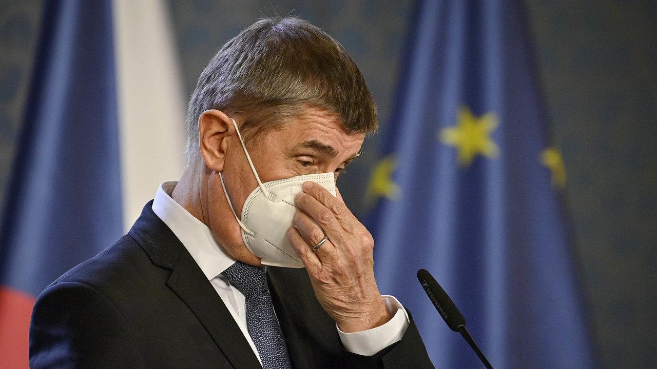 Kvůli neustupující epidemie rozhodla vláda Andreje Babiše (ANO) o zpřísnění koronavirových opatření.