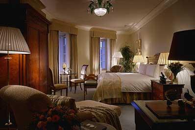 Four-Seasons-Hotel-Praha.jpg