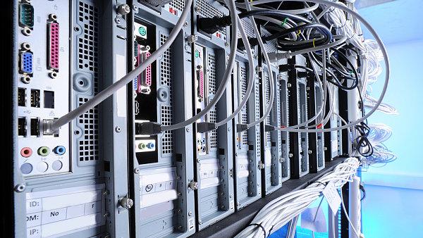 Německá vláda vynaloží deset miliard eur na rychlejší internet.