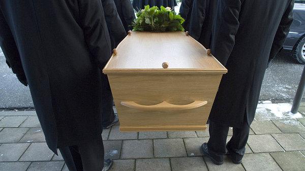 Poslanci schválili zákon, který zpřísňuje podmínky v pohřebnictví. - Ilustrační foto