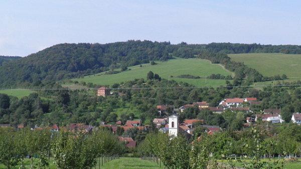 Vesnice roku 2011 - obec Kom�a ve Zl�nsk�m kraji.