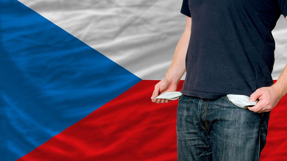 Téměř třetina českých domácností utratí více než vydělá. (Ilustrační foto)