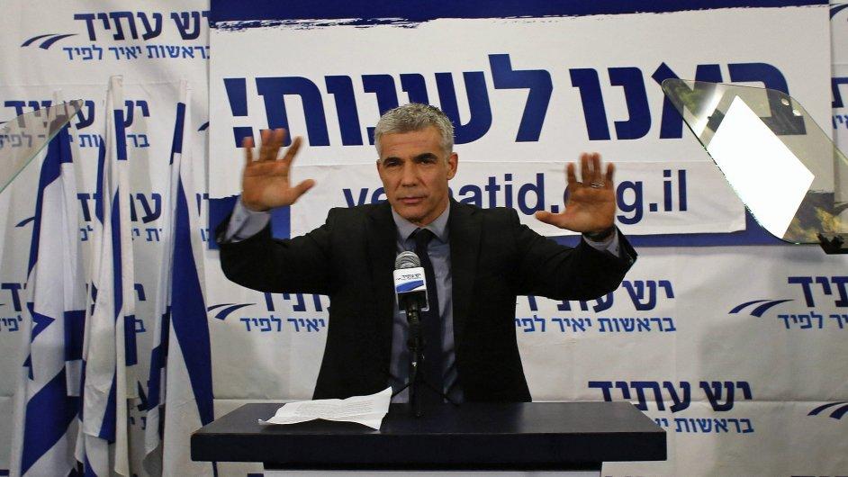 Jair Lapid je po volbách v Izraeli klíčovým mužem