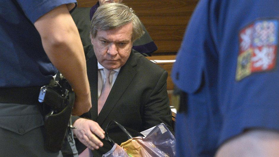Lékař Jaroslav Barták u soudu.