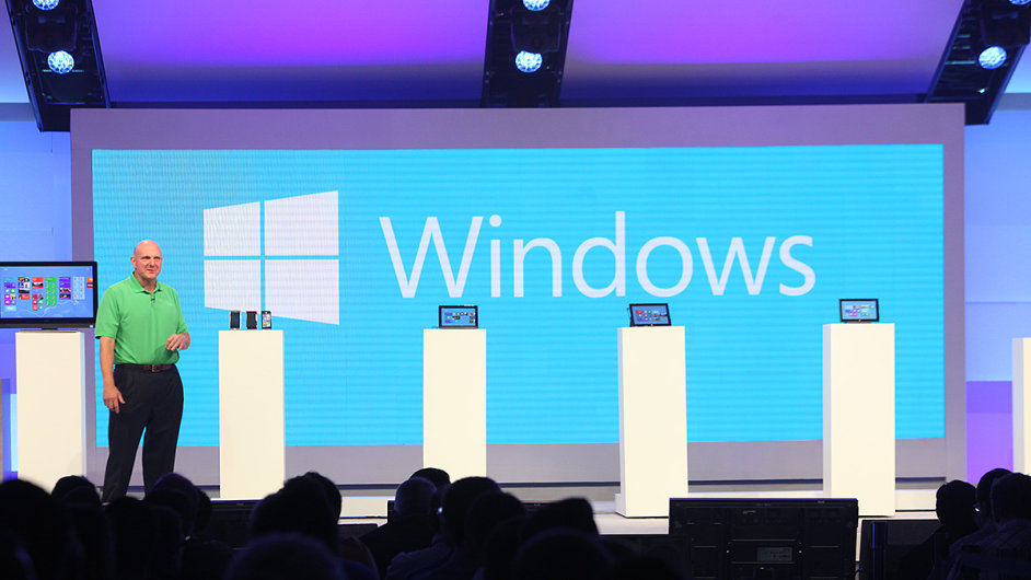 Steve Ballmer prezentuje Windows 8 na konferenci Build 2012