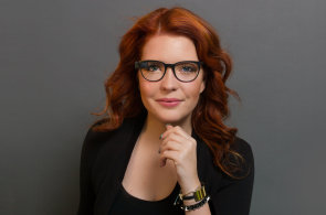 Google Glass už nejsou jen pro cyborgy, nové designové rámečky pojmou i dioptrická skla