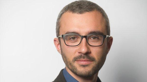 Komentátor David Klimeš.
