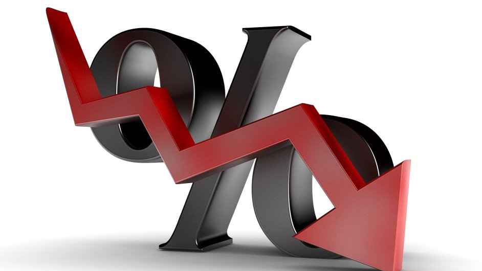 Sazby hypoték stále míří dolů