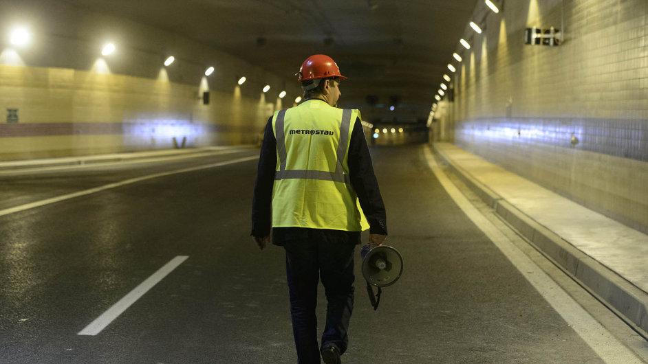 Stavba tunelu Blanka, u něhož proplacení problematických víceprací nařídil Praze smírčí soud.