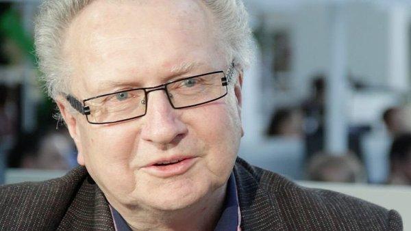 Senátor Jan Veleba chce předložit novelu zákona, která by zvýšila zastoupení regionálních studií na obrazovkách ČT.
